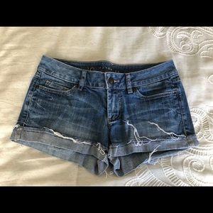 Lauren Conrad Low Rise Shorts size 2